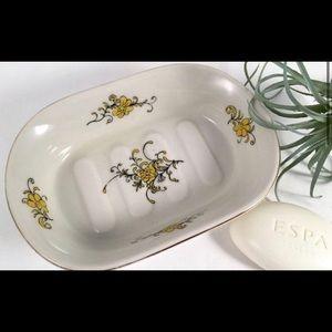 Takahashi French Flower Soap Dish 🌼